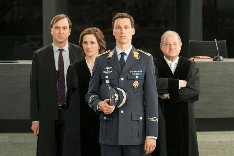 """Das Erste: """"Terror – Ihr Urteil"""" von Ferdinand von Schirach [Werbung]"""